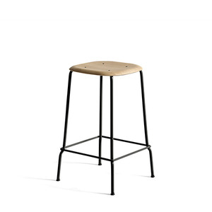 Soft edge 30 bar stool H65 Oak Matt Lacquer Black Powder Coated Steel Legs